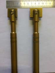 Инструмент для ручной правки абразивных кругов Ширина правящей части 30 мм.